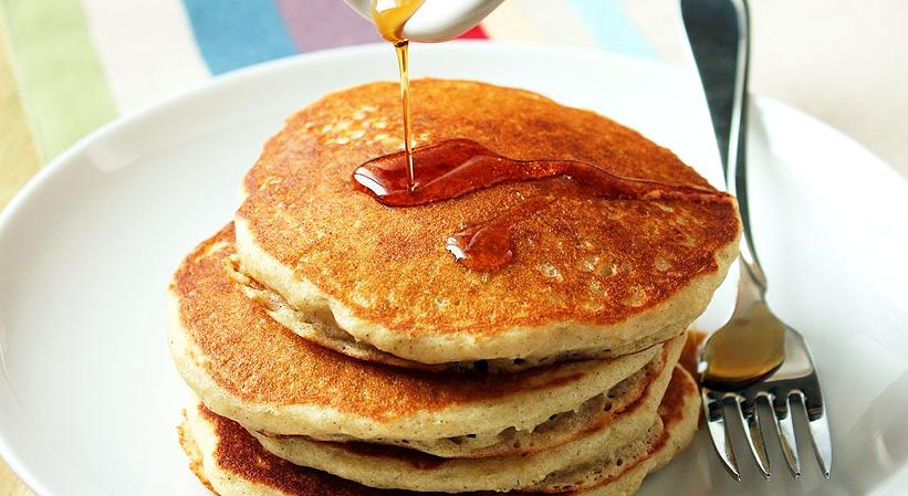 Panqueques fit (Hot-Cakes) bajos en carbohidratos (sin leche)